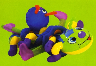 <b>Quand la bise fut venue (fourmis)</b> (2004)<br/><i>Plastique gonflable</i>